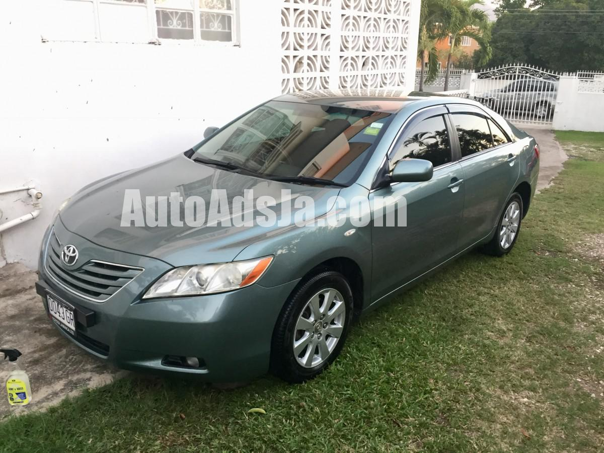 cyl safety toyota sedan cars for le camry sale ratings gray