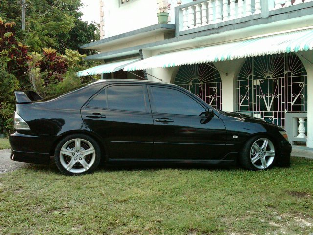 2000 Toyota Altezza For Sale In St James Jamaica