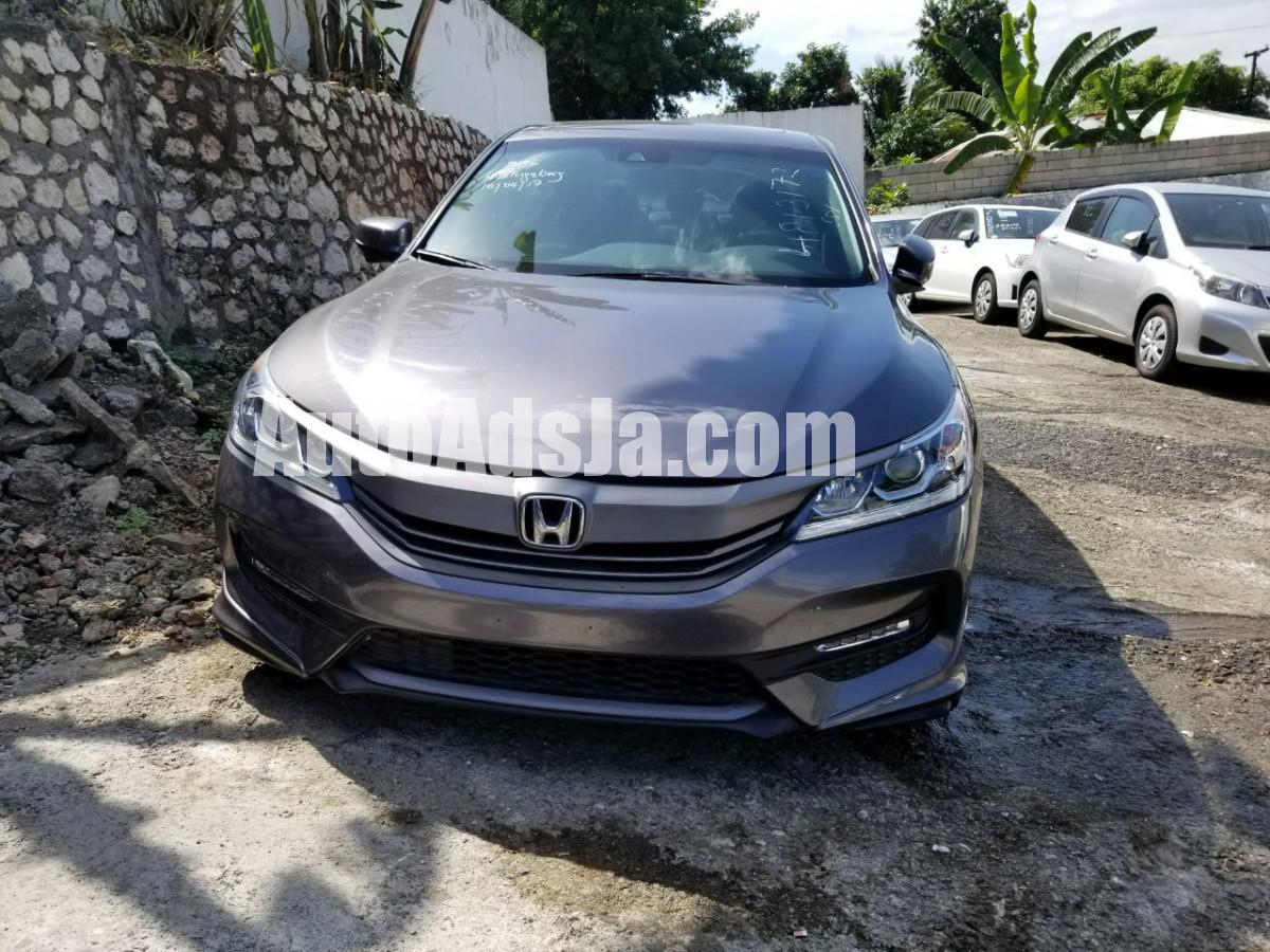2013 honda accord touring for sale in kingston st andrew jamaica autoads jamaica. Black Bedroom Furniture Sets. Home Design Ideas