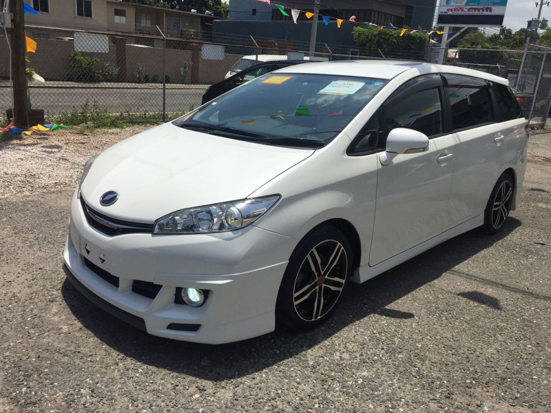 Autoadsja Cars For Sale In Jamaica: 2014 Toyota Wish For Sale In Kingston / St. Andrew