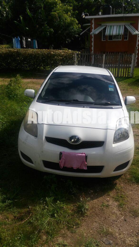 2010 toyota vitz for sale in st james jamaica autoads for James mercedes benz lexington ky