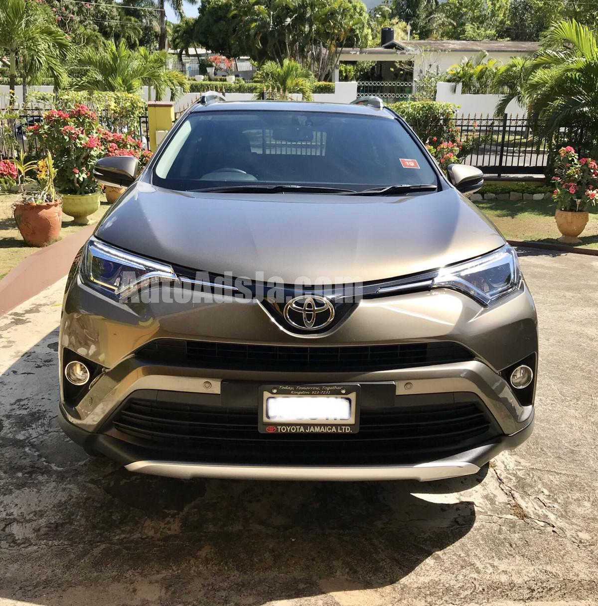 2017 Toyota Rav4 G For Sale In Kingston St Andrew Jamaica