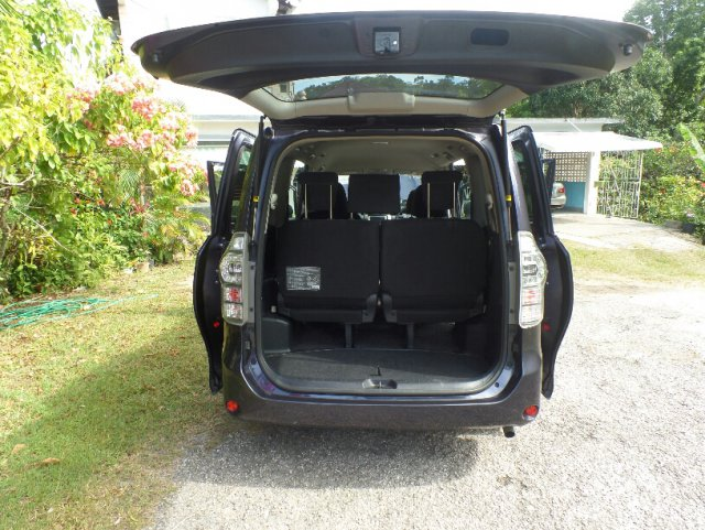 2011 Toyota Voxy S For Sale In Hanover Jamaica