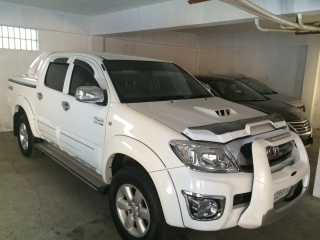 Autoadsja Cars For Sale In Jamaica: 2011 Toyota HILUX VIGO For Sale In Kingston / St. Andrew