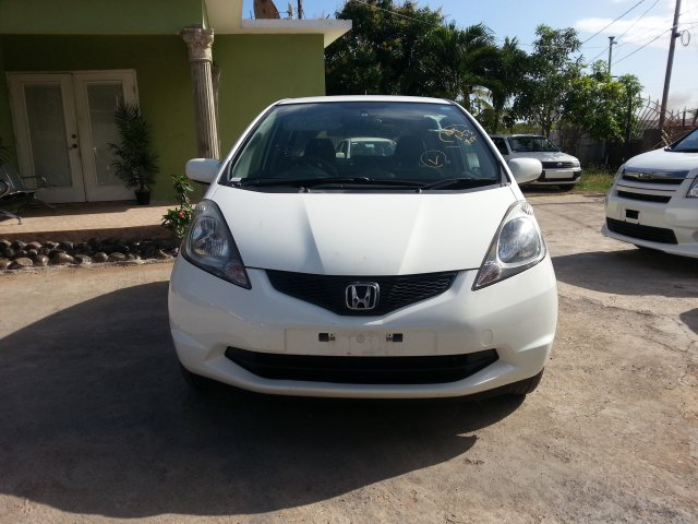 Autoadsja Cars For Sale In Jamaica: 2010 Honda Fit For Sale In St. Catherine, Jamaica