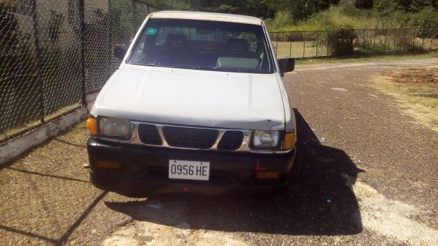 1990 Isuzu pickup for sale in St  Elizabeth, Jamaica | AutoAdsJa com