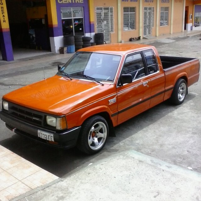 1989 Mazda Pick up B2200 for sale in St  Elizabeth, Jamaica