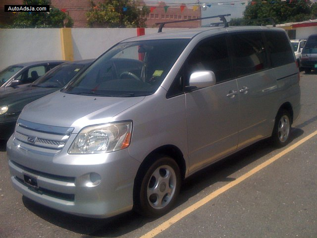 Autoadsja Cars For Sale In Jamaica: 2005 Toyota Noah X For Sale In Kingston / St. Andrew