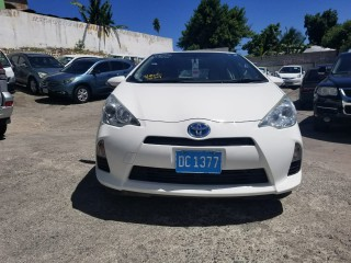 2014 Toyota AQUA for sale in Kingston / St. Andrew, Jamaica