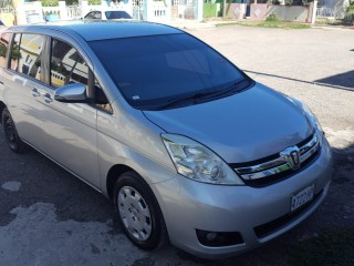 2015 Toyota Isis for sale in Kingston / St. Andrew, Jamaica