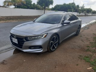 2018 Honda accord for sale in St. Catherine,