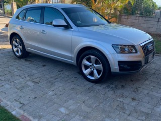 2012 Audi Q5 for sale in St. James,