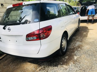 '13 Nissan Wingroad for sale in Jamaica