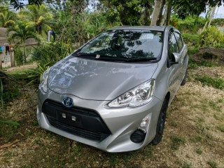 2015 Toyota Aqua for sale in St. James,
