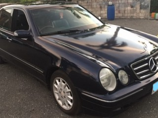 2001 Mercedes Benz E280 for sale in Kingston / St. Andrew, Jamaica