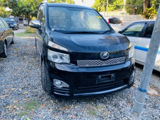 2011 Toyota Voxy for sale in St. Catherine, Jamaica