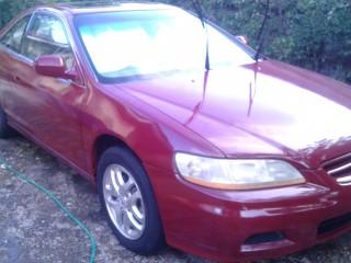 '02 Honda accord for sale in Jamaica