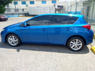 2012 Toyota Auris for sale in Kingston / St. Andrew, Jamaica