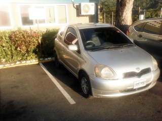 '00 Toyota vitz for sale in Jamaica