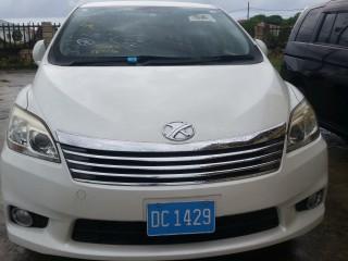 2013 Toyota Mark x zio for sale in Kingston / St. Andrew, Jamaica