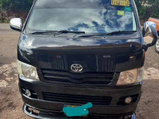 2009 Toyota Hiace super GL for sale in St. Elizabeth, Jamaica