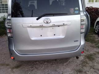 2011 Toyota Voxy New Import for sale in St. James, Jamaica