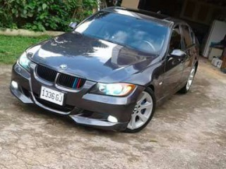 '07 BMW 328i for sale in Jamaica