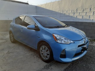 2012 Toyota Aqua for sale in Kingston / St. Andrew, Jamaica