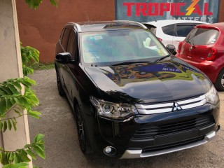 2014 Mitsubishi Outlander for sale in Kingston / St. Andrew, Jamaica