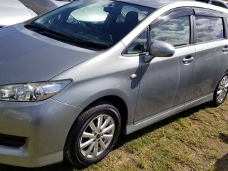 2010 Toyota Wish for sale in St. Catherine, Jamaica