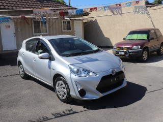 2015 Toyota Aqua for sale in Kingston / St. Andrew, Jamaica