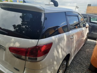 2010 Toyota Wish for sale in Kingston / St. Andrew,