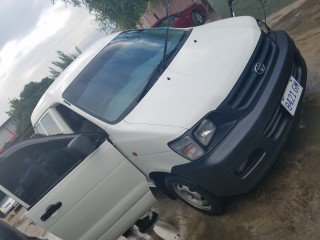2002 Toyota Noah for sale in Kingston / St. Andrew, Jamaica