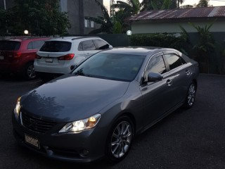 '10 Toyota Mark for sale in Jamaica