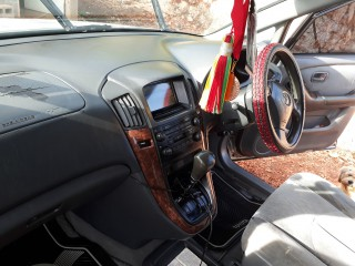 '99 Toyota Harrier for sale in Jamaica