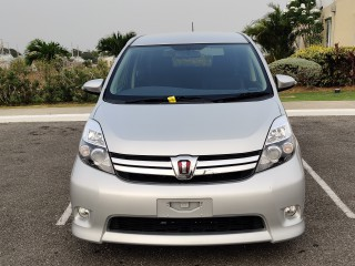 2015 Toyota ISIS for sale in St. Catherine, Jamaica