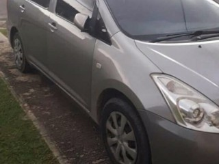 '07 Toyota Wish for sale in Jamaica