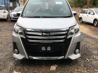 2014 Toyota Noah SI for sale in Kingston / St. Andrew, Jamaica