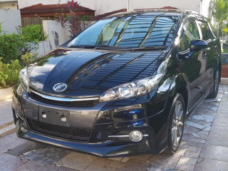 2014 Toyota Wish Z Monotone Edition for sale in Kingston / St. Andrew, Jamaica
