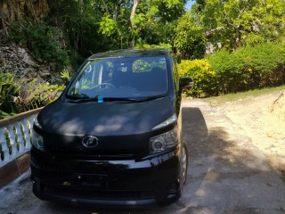 2011 Toyota voxy for sale in St. Mary, Jamaica