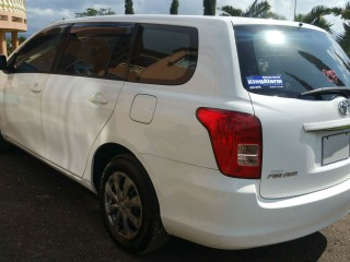 '08 Toyota Fielder for sale in Jamaica