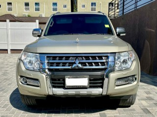 2016 Mitsubishi Pajero GLS for sale in Kingston / St. Andrew,