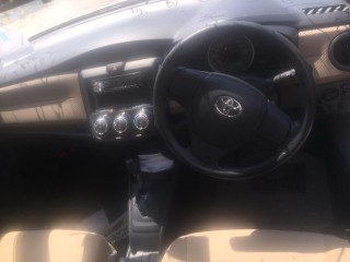 2014 Toyota Axio for sale in Kingston / St. Andrew, Jamaica