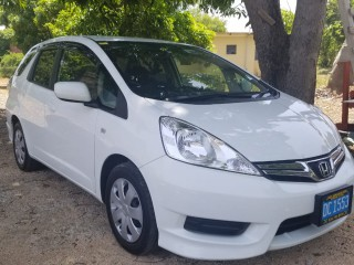 2014 Honda FIT SHUTTLE HYBRID for sale in St. Catherine, Jamaica