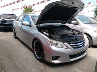 2011 Toyota Mark X for sale in St. James,