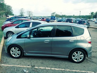 '08 Honda Fit RS for sale in Jamaica