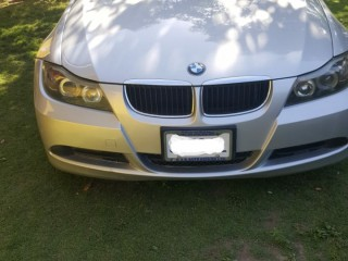 '09 BMW 328i for sale in Jamaica