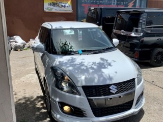 2014 Suzuki Swift sport std for sale in Kingston / St. Andrew, Jamaica