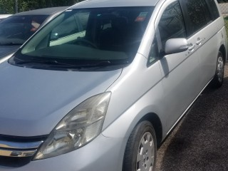 2011 Toyota Isus for sale in St. James, Jamaica