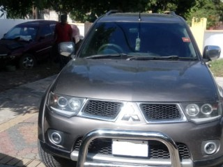 2012 Mitsubishi Montero for sale in Kingston / St. Andrew, Jamaica